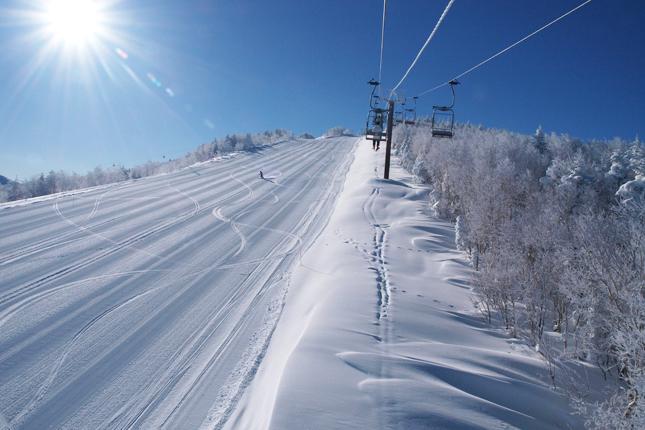 志賀高原でスキー